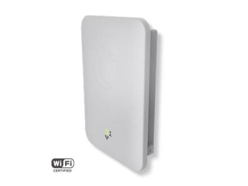 Wi-Fi точка доступа CNPILOT E502S PL-502SPEUA-RW CAMBIUM