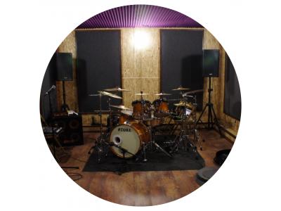 Репетиции в фиолетовой комнате