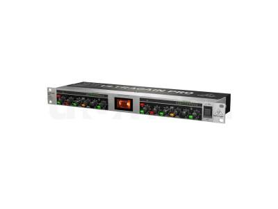 BEHRINGER MIC2200 V2
